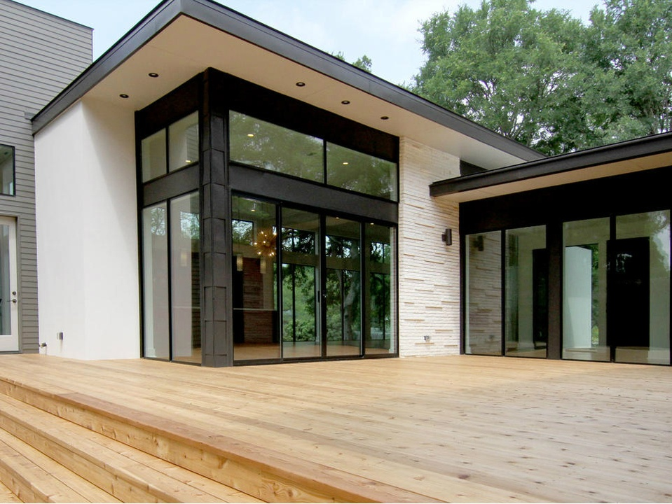 2016 Austin Modern Home Tour house 2405 Rockingham Circle Steve Zagorski Architect back porch
