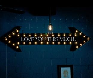2 Lowbrow bar Houston neon sign
