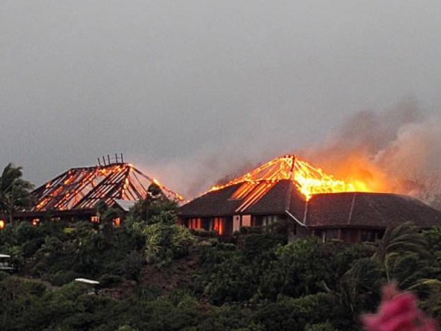 News_Richard Branson_mansion_on fire
