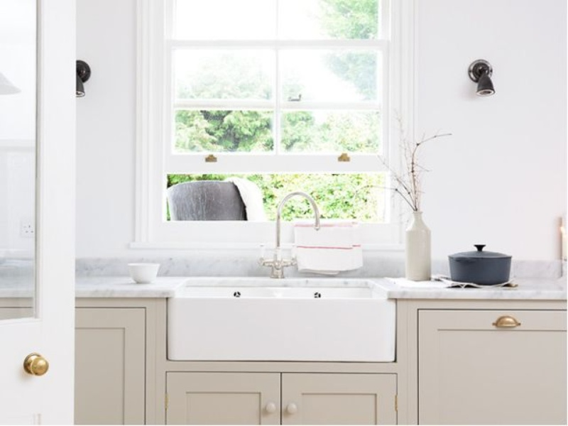 Houzz farmhouse kitchen with farm sink