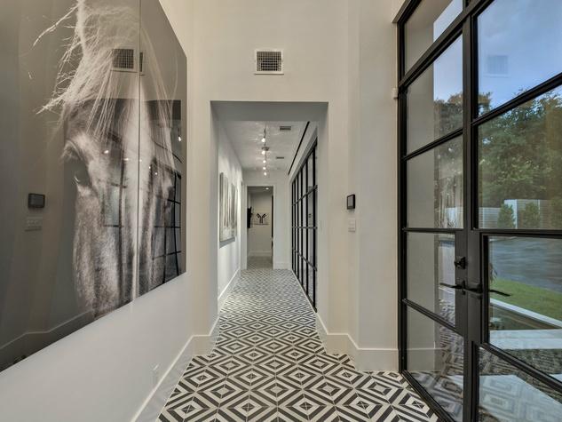 3811 Westlake Austin house for sale hallway