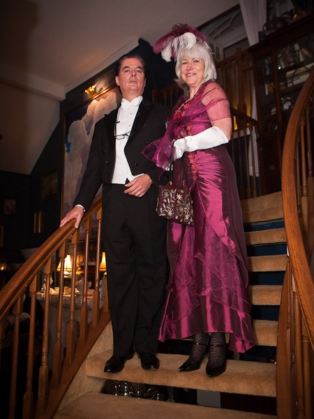 News_Mark Hanna_Titanic dinner_April 2012_Cameron_Teresa Byrne-Dodge