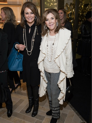 Claire Emanuelson, Muffin Lemak, Mulberry Opening
