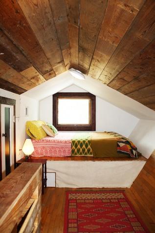 Austin Photo Set: News_caitlin_comfortable home_oct 2012_wooden room