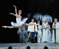 Mackenzie Richter in Houston Ballet The Nutcracker