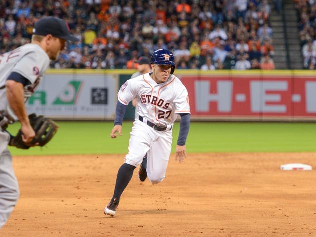 Astros Jose Altuve run