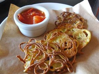 Places_Food_Vinoteca Poscol_Fried Spaghetti