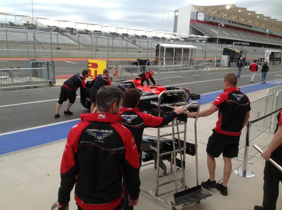 Austin Photo: Kevin_Marussia garage Formula 1_November 2012_inspection