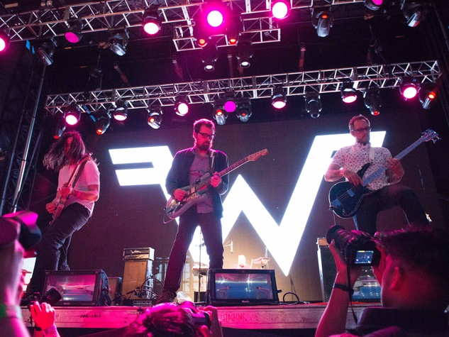 Weezer concert at Free Press Summer Fest