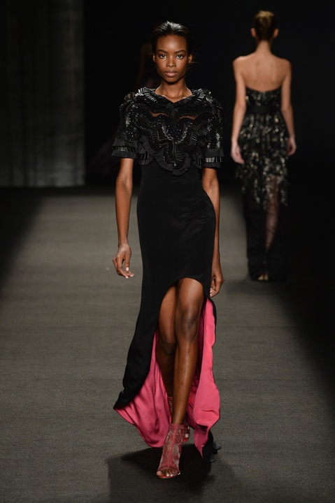 Monique Lhuillier evening gown fall 2014 collection