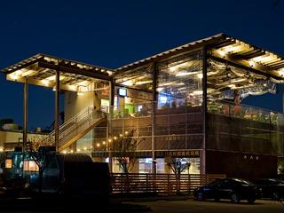 Austin Photo Set: place_Reds Porch