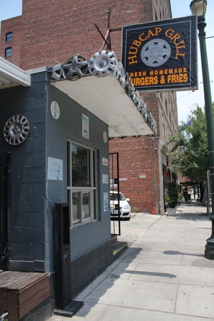 Hubcap Grill, Sign, June 2012