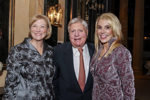 13 Lynn Kamin, from left, Joe Jamail and Marie Bosarge at the AVDA Home Safe Home event October 2014