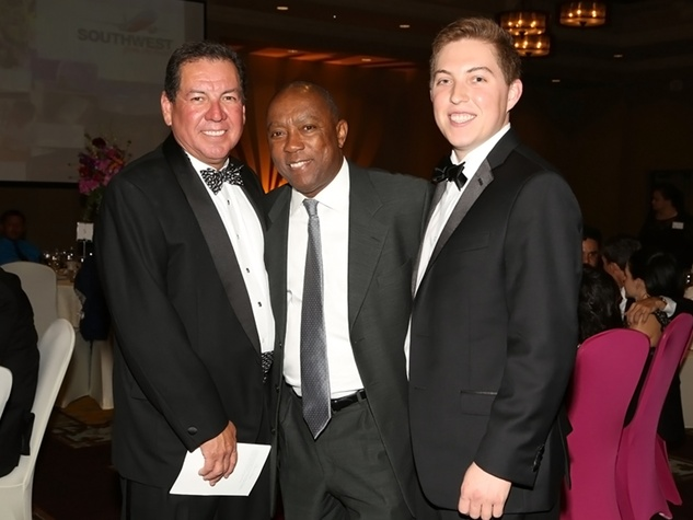 5 Demetrius Navarro, from left, Sylvester Turner and Nathan Navarro at the AAMA Tacos y Tacones Gala October 2014