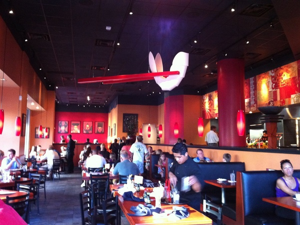 News_The Woodlands_Stir Crazy restaurant