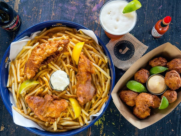 Shuck Shack San Antonio restaurant seafood fish dish
