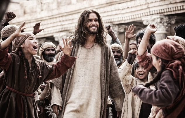 Son of God Diego Morgado as Jesus walking through crowd