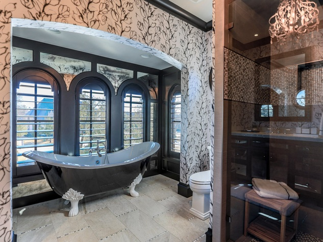 Bathroom at 10179 Brook Hollow Court in Dallas