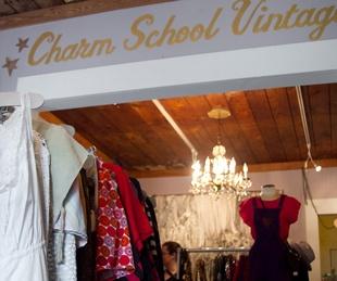 Maison d'Etoile Charm School Vintage