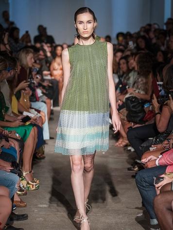 Look 43 Fashion Week spring 2014 Rolando Santana