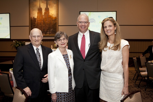 266 John and Pat Graham, from left, Dr. John Roff and Melinda Stubbs at the Hope and Healing Center luncheon May 2014