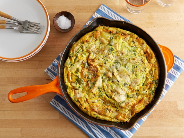 turkey and dressing stuffing frittata in a skillet
