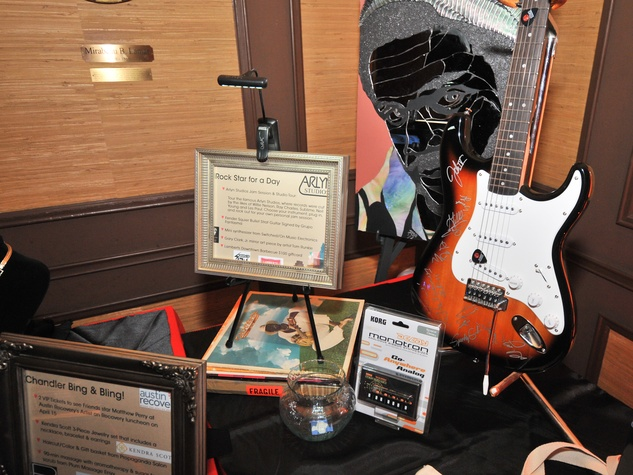 Sims Foundation Heart of the City 2014 Raffle Items