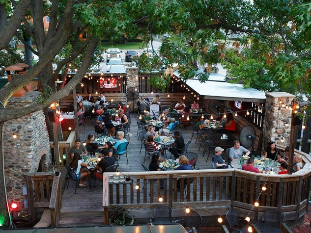 Patio At Ozona Grill U0026 Bar In Dallas