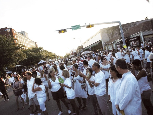 White Linen Night, street, crowd, 19th Street, Heights
