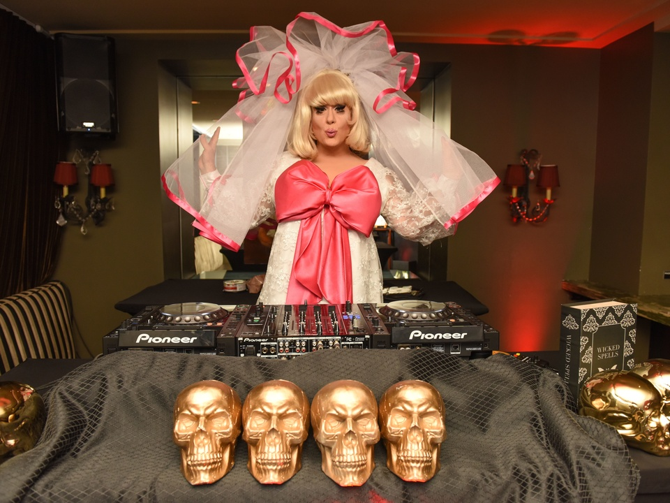 News, Shelby, Hotel ZaZa Halloween, Oct. 2015 Lady Bunny