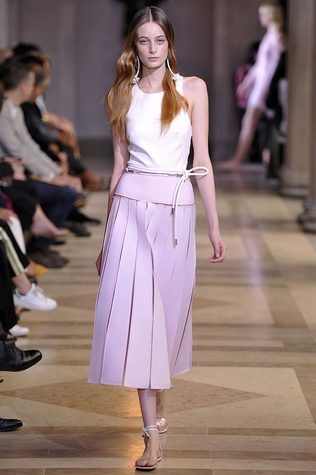 Carolina Herrera spring 2016 collection Look 2
