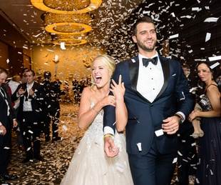 Neely wedding, confetti