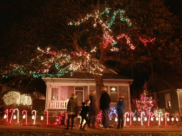 10 quintessential austin activities for the holiday season culturemap austin