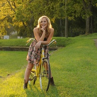 Mary Sarah country music on bicycle