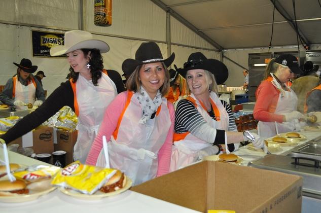 News, Shelby, World Championship BBQ Cook-off, February 2015, Kendall Koehne, Linda Smith, Tracy Pennington