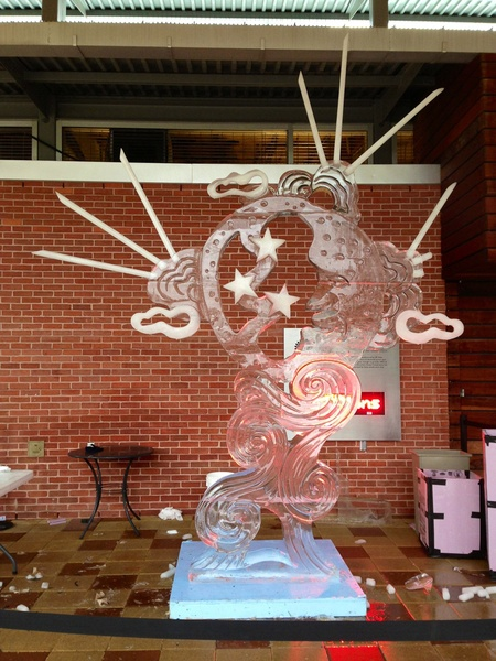 10, Discovery Green, ice carving contest, January 2013, People's Choice was awarded to Benjamin Rand
