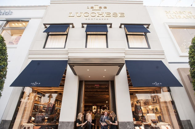 3 7650 Lucchese Houston store front