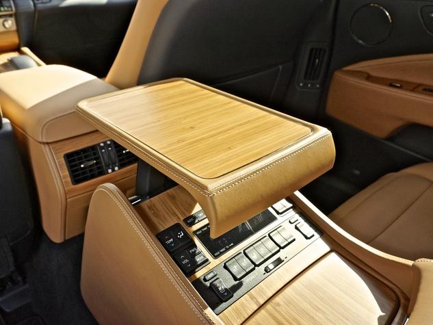 COTY Lexus LS