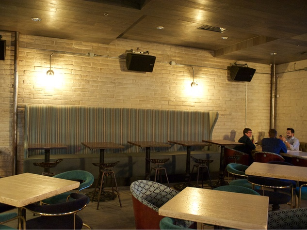 Wooster's Garden in Midtown December 2014 bar interior with people