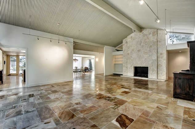 Mid century modern gem by noted architect mixes indoor for Mid century modern architects houston
