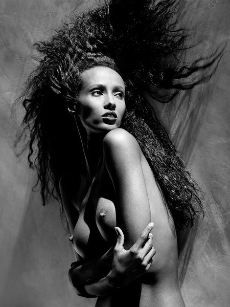 News_Greg Gorman_Iman_1988