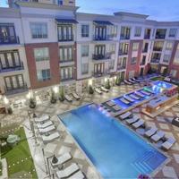 Alara Uptown pool