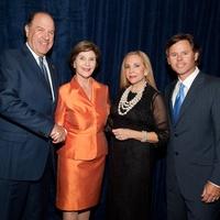 News_National Helping a Hero Gala_Sept. 2011_Chuck Jenness_Laura Bush_Carolyn Farb_David Nini