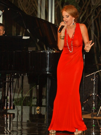 HGO, Singing with the Houston Idols, September 2012, Sharin Norman