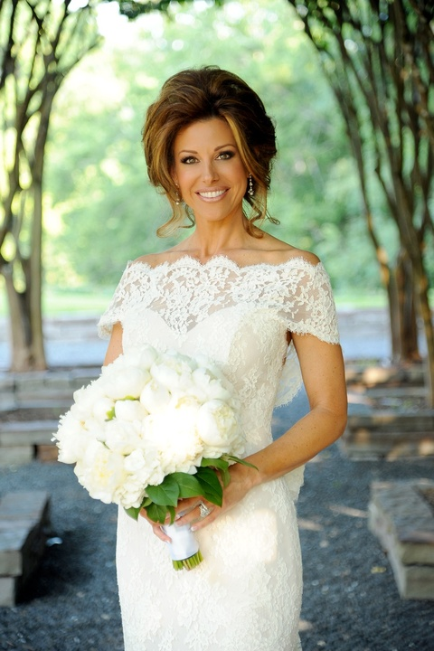 News_Sachse-Florescu wedding_May 2012_official bride photo