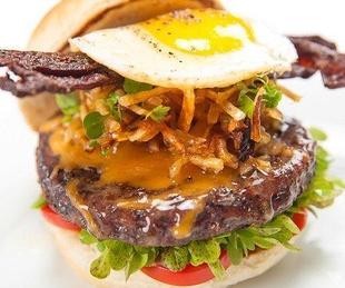 burger Hangover Burger Valentino VIN Bar at Hotel Derek