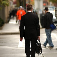 News_businessman_briefcase