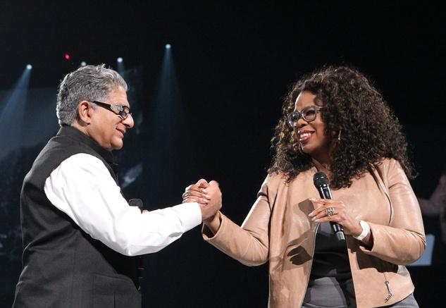 "OprahWinfreywithDeepakChopraonstageduring""Oprah'sTheLifeYouWantWeekend"""