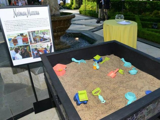 neiman marcus sand bag, recess for dallas afer school