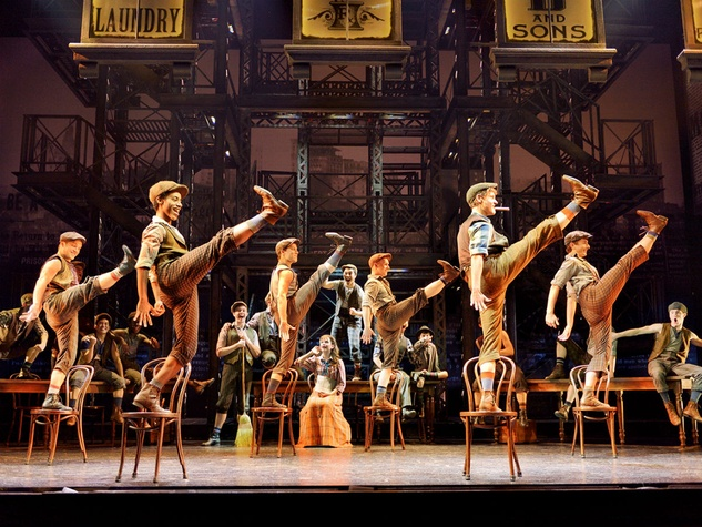 Cast of national tour of Newsies